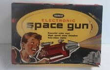 "Vintage 1950s Remco ""SPACE GUN"" W/ Orig Box! Battery Operated Toy Ray Gun! WoW!"