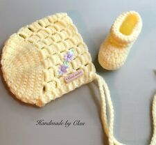 Handmade crochet bonnet and booties- Baby shoes beanie hat - girl- 0-3 months