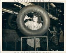1947 Southern Girls Working at Goodyear Tire Plant Gadsden AL Press Photo