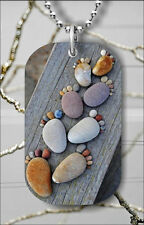 FEET PEBBLES NATURAL COLORED DOG TAG NECKLACE PENDANT FREE CHAIN -gv5r