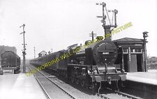 Bletchley Railway Station Photo. Leighton Buzzard - Milton Keynes. L&NWR. (11)