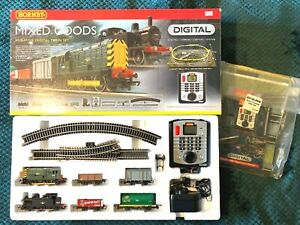 """Hornby R1075 """"Mixed Goods"""" Digital Train Set OO Gauge MINT CONDITION - COMPLETE"""