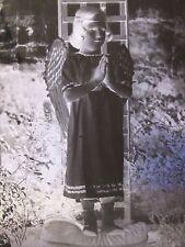 07C59 PHOTO NÉGATIF PLAQUE DE VERRE 13 X 18 ENFANT PETITE FILLE DÉGUISEE EN ANGE