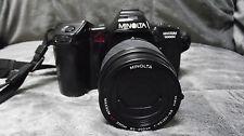 Minolta Maxxum 7000i 35mm camera AF Zoom 80-200mm 1:45(22)-56 lens w/flash &Case