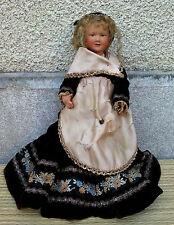 Ancienne petite poupée bretonne tissu et plastique, jouet ancien, french doll.