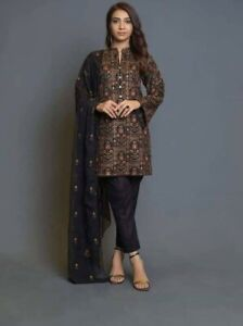 Unstiched three piece Embroidered lawn suit with shafoon dupatta