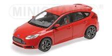 Ford Focus ST 2011 - 1:18 - Minichamps
