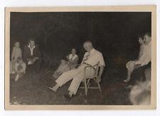 PHOTO ANCIENNE Yeux fermés Jeu drôle Nuit 1950 Chaise Mise en scène Curiosité