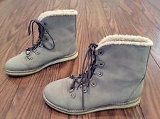 H&M Women's Boots Size 9 Gray 6 Eye Mid Calf Excellent Condition Worn Once