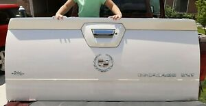 2003-2006 Cadillac Escalade Tailgate Endgate White Chrome