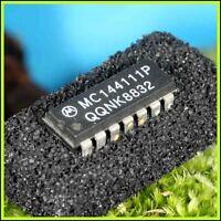 MC144111P Circuit intégré CI convertisseur digital vers analogique DIL 14br