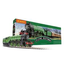 Hornby Flying Scotsman 00 Gauge Train Set - Green (R1255)