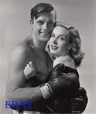 Scott Brady barechested, Mary Meade VINTAGE Photo In The Corner