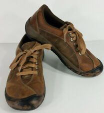 Keen brown casual round toe lace up shoes womens size 8 Medium Width