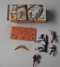 Britains Mini Set 1062 Indians And Cowboys  Figures  Boxed Ex Shop Stock