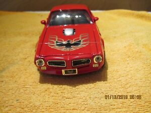 1973 PONTIAC FIREBIRD TRANS AM RED  AND BLACK STRIPE 1/24 DIECAST BY MOTOR MAX