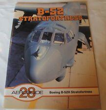 Aeroguide 28 B-52 STRATOFORTRESS BOEING B-52H