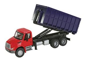 Walthers SceneMaster-Intl 4300 Dumpster Truck - HO