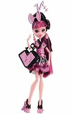 MONSTER HIGH DRACULAURA MONSTER EXCHANGE DOLL - EARRINGS NOT INCLUDED-BNIB