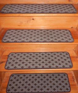 13 Step  9'' x 30'' + 1 Landing 29'' x 30''  Tufted carpet Wool Woven .