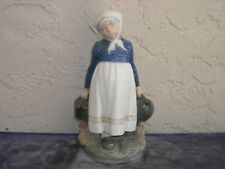 Royal Copenhagen Figurine #815 Peasant Girl with Lunch