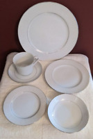 Crown Victoria Lovelace 48 Pc Set Service for 8 Dinnerware Fine China