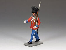 KING & COUNTRY CEREMONIAL CE010 BRITISH GUARDSMAN MARCHING WITH RIFLE MIB