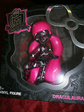 MONSTER HIGH DRACULAURA VINYL FIGURE