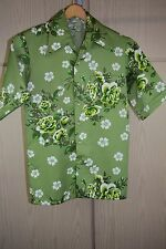 NWOT Vintage 60's Green and White Floral Hawaiian Art Shirt Men's M Slim Fit
