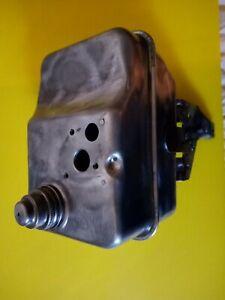 USED BRIGGS 3 QUART GAS TANK  494592
