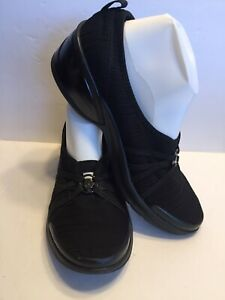 Bzees Womens Size 11 Black Melody Comfort Shoes
