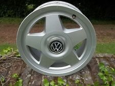 2 JANTES ALU ETOILE VW GOLF 2  REF 6J X 14H2  4 TROUS TBE