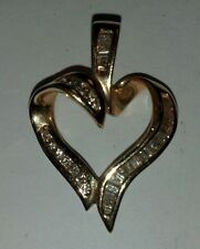 MODERN 14K YELLOW GOLD DIAMOND HEART PENDENT (3AA)