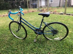 Viintage Bicycle Huffy women's 10-speed