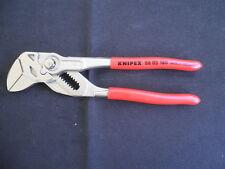 KNIPEX Zangenschlüssel. Zange und Schraubenschlüssel in einem Werkzeug. 180mm