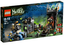 Lego Monster Fighters 9466 The Crazy Scientist and His Monster