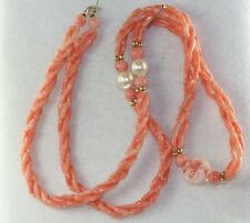 1970'S VINTAG 14K GOLD CHINESE CARVED CORAL PEAR BRAID 24 INCH NECKLACE