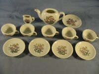 VINTAGE CHILDS TEA SET plus 2 none matching pieces. MADE IN JAPAN Condition used