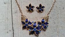 Schmuckset blaue Blumen mit Gold und Kristallen Edel opulent schön Damen