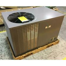 DAY AND NIGHT PAJ324000KTPOA 2 TON HORIZ ROOFTOP AC UNIT 13 SEER PHASE-1 R410A