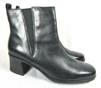 Clarks Ankle Boots Women's 9 Black Leather Side Zip Casual Comfort Block Heel
