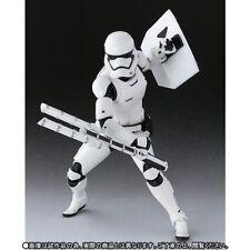 BANDAI S.H.Figuarts First Order Storm Trooper&(Shield & Baton) Figure Star Wars