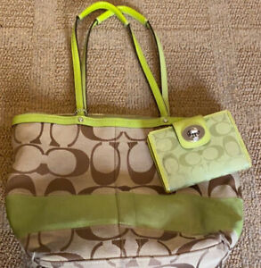 COACH Signature Shoulder Tote Bag Tan Canvas Lime Green Stripe & Matching Wallet