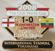 MANCHESTER UNITED v LDU QUITO Victory Pins 2008 EUROPEAN CUP Badge Danbury Mint