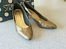 Woman Shoes by STREET FEET Size 7.5