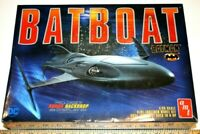 "AMT Batboat from Batman Returns With Underground backdrop 13"" 1/25 Model Kit New"