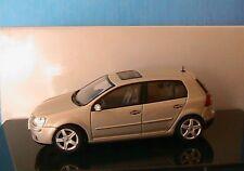 VW VOLKSWAGEN GOLF V 5 TDI WHEAT BEIGE METAL 5 PORTES AUTOART 821940129 1/43