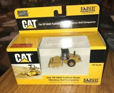 NORSCOT CATERPILLAR CAT CP-563E PADFOOT DRUM VIBRATORY SOIL COMPACTOR 1:87 NIP