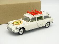Corgi Toys 1/43 - Citroen DS ID Break Safari Winter Sports 1964