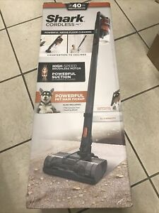 Shark Rocket Cordless PET Stick Vacuum Cleaner IX140 *Brand New*